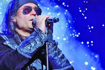 El cantante de Mägo de Oz  se arruinó la voz en Bolivia