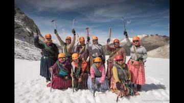 Cholitas  escaladoras  participarán en Polonia