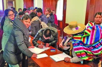 Buscan diálogo entre Colcha K y Uyuni para evitar conflictos