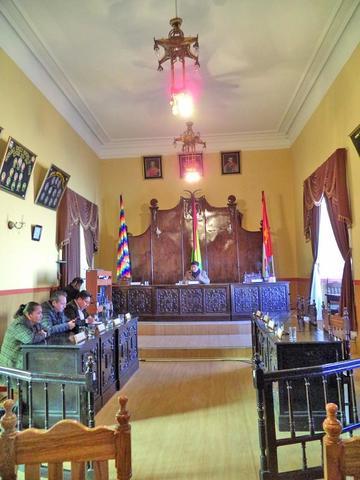 El Concejo  continúa sin vicepresidencia y secretaría