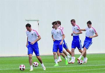 Rusia y Croacia buscan su pase a las semifinales