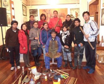 Villanueva dicta el taller de la Quena
