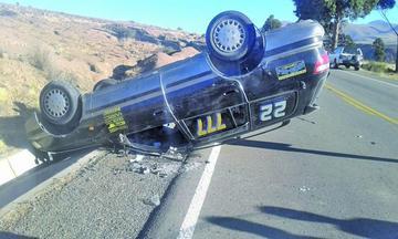 Hombre muere aplastado entre los fierros de su auto