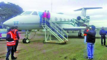 Critican que el Gobierno se desentienda del abandono de un jet lujoso
