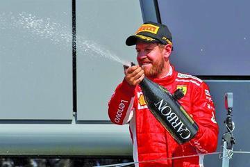 """Vettel dijo que es """"bastante tonto"""" acusar a su equipo"""