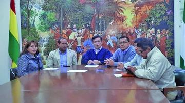 Santa Cruz y Tarija convocan a un cabildo en defensa del 21F