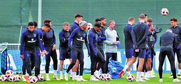 Croacia e Inglaterra buscan el pase a la final