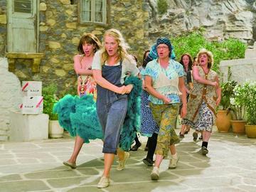 Retorna el emotivo filme Mamma Mia
