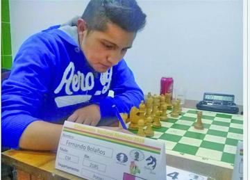 Potosino está en el equipo que representará a Bolivia en la Olimpiada Mundial de Ajedrez