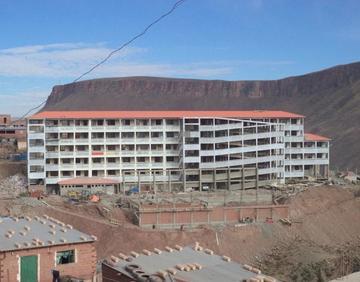 Alistan la entrega de una de las escuelas más grandes de Potosí