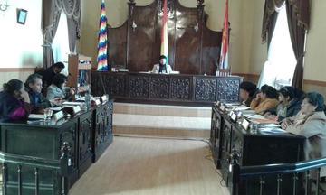 Debaten sobre la grabación de videos en sesiones del Concejo Municipal