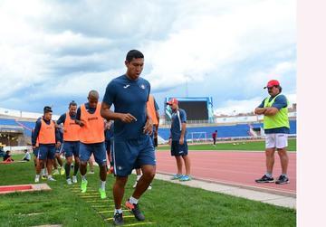 Deportivo Cuenca recibe a Wilstermann