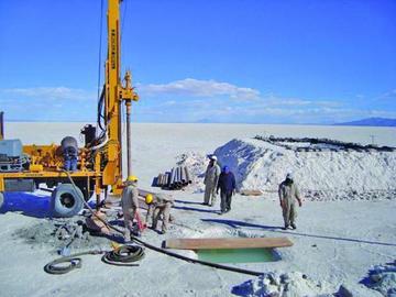 Certificación ratificará a Bolivia como la mayor reserva de litio