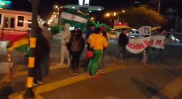 Santa Cruz: pese al frío el bocinazo por el Bolivia dijo No se hizo escuchar