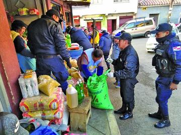 Denuncian que el arroz de plástico ya está en mercados potosinos