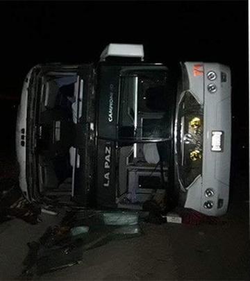 Confirman cinco fallecidos en el accidente entre Potosí a La Paz