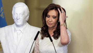 Piden que Cristina Fernández sea enjuiciada por lavado de dinero