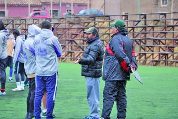 Apaza pide paciencia para  ver a un nuevo Real Potosí