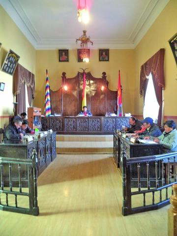 Sancionarán a concejales que no asisten a sesiones