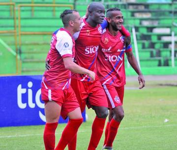 Royal Pari se enfoca en el duelo con Blooming