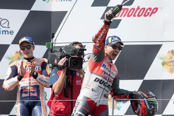Lorenzo gana el GP de Austria de MotoGP