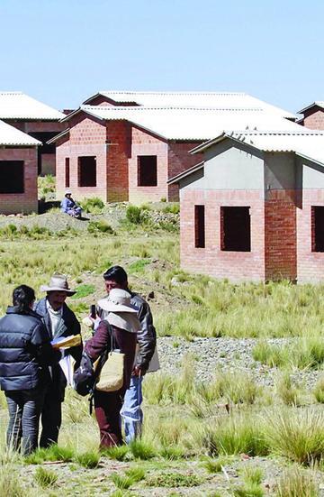 Culmina construcción de viviendas para los damnificados de Tupiza