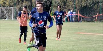 Millonarios busca mejorar su presente ante General Díaz en Copa Sudamericana