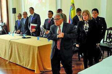 Tribunal en exilio condena a Maduro a 18 años de cárcel