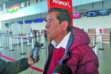 El presidente de la FBF César Salinas deja a los clubes la decisión de pagar premio a Bolívar