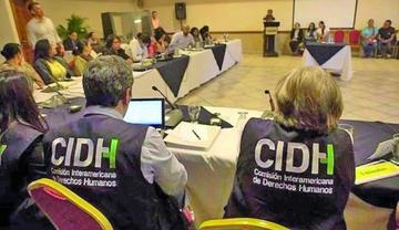 CIDH recibe denuncia de torturas a familiares del minero Ángel Aparaya