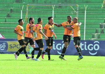 """Destroyers gana a San José en el """"Ramón Aguilera Costas"""""""