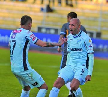 Bolívar golea 3-0 a Blooming