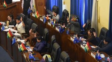 Senado aprueba con reformas la ley de Organizaciones Políticas