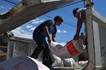 El Sedeges entrega alimentos a internados escolares del extremo norte