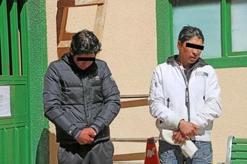 Ladrones se llevan celulares en mal estado y caen 2 cogoteros