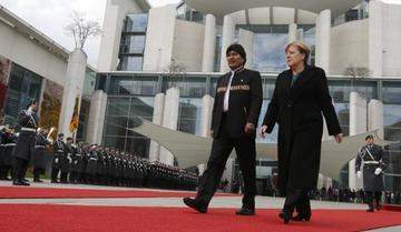 Evo anuncia probable visita de la canciller Angela Merkel