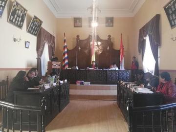 Vecinos demandan al Concejo aprobación de traspasos presupuestarios