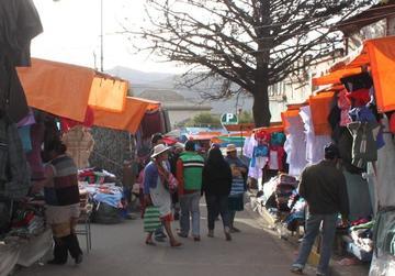 Las instituciones apoyan el traslado de la feria a otra zona de la ciudad