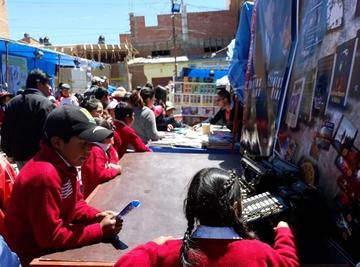 Llallagua recibe con alegría la IX feria nacional del libro