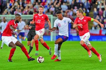 Inglaterra gana a Suiza con un gol solitario de Marcus Rashford