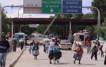 Descartan retorno masivo de bolivianos desde Argentina