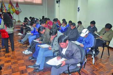 Designarán a directores en acefalía hasta el 1 de octubre