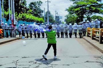 Protestas masivas prosiguen en Nicaragua pese a las amenazas