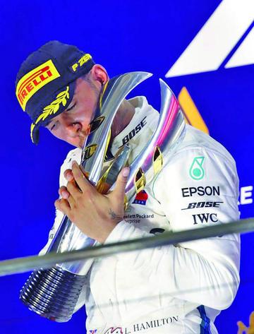 Hamilton conquista el GP de Singapur