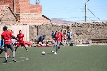 El técnico Illanes quiere mejorar el trato del balón en Nacional Potosí