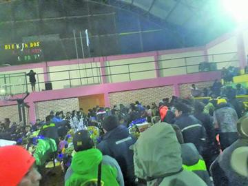 Comunarios de Tasna impiden actuado policial
