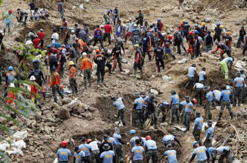 Sube a 81 fallecidos por el tifón Mangkhut en Filipinas