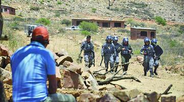 Cochabamba: pelea por tierras deja 4 heridos y 22 detenidos en Sivingani