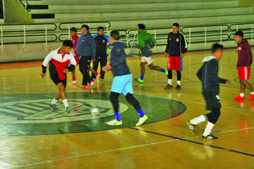 Concepción está obligado a ganar sus siguientes partidos si quiere pasar de fase