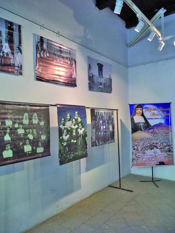 Cierra muestra fotográfica de misionera Nazaria Ignacia
